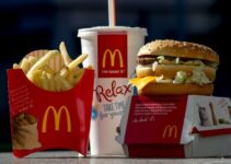 What time does McDonald's start serving lunch